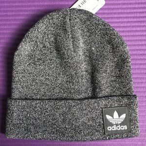 NEW Men's Adidas Trefoil Logo Gray Knit Beanie